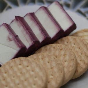 簡単!チーズのハチミツワイン漬けの作り方