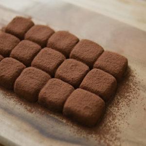 材料3つ!超簡単!豆腐で生チョコ風ショコラ~練乳生チョコ風トリュフ